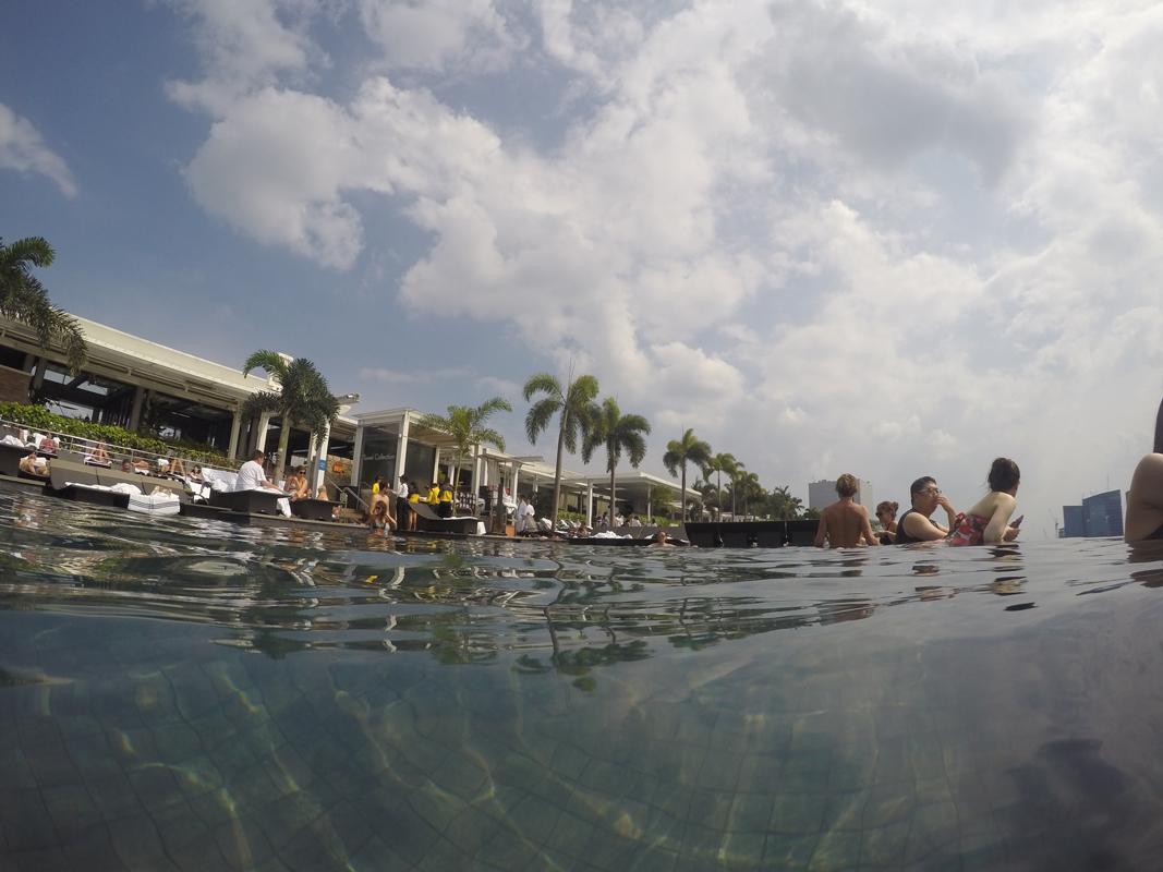 Singapur - Marina Bay - Pool view #8 - Michael Meixner